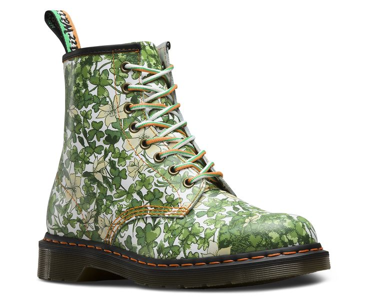 Need an extra hit of luck? Look no further:  a 1460 covered in clover. This special-edition 8-eye boot is all Irish, with an exclusive shamrock print, and an Irish flag-inspired heel-loop and laces — not to mention the air-cushioned sole that reads Good Craic. @DocMartens @DrMartens #shamrock @#SaintPatricksDay #StPatricksDay #green