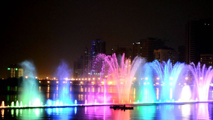 Best Qatar's Events: Fountain show on Corniche, Until September 27 you can have the pleasure of visit the amazing Qatar festival, with many different activities, like the fountain show and tours visits.