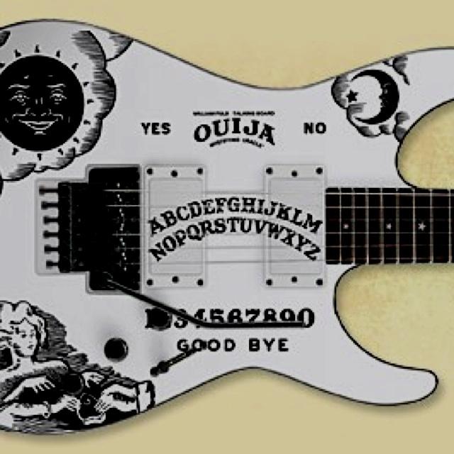 kirk hammett guitar guitars pinterest. Black Bedroom Furniture Sets. Home Design Ideas