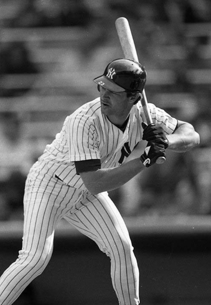 Don Mattingly - New York Yankees. I might hate the yankees now- but i loved this guy when i was a kid.
