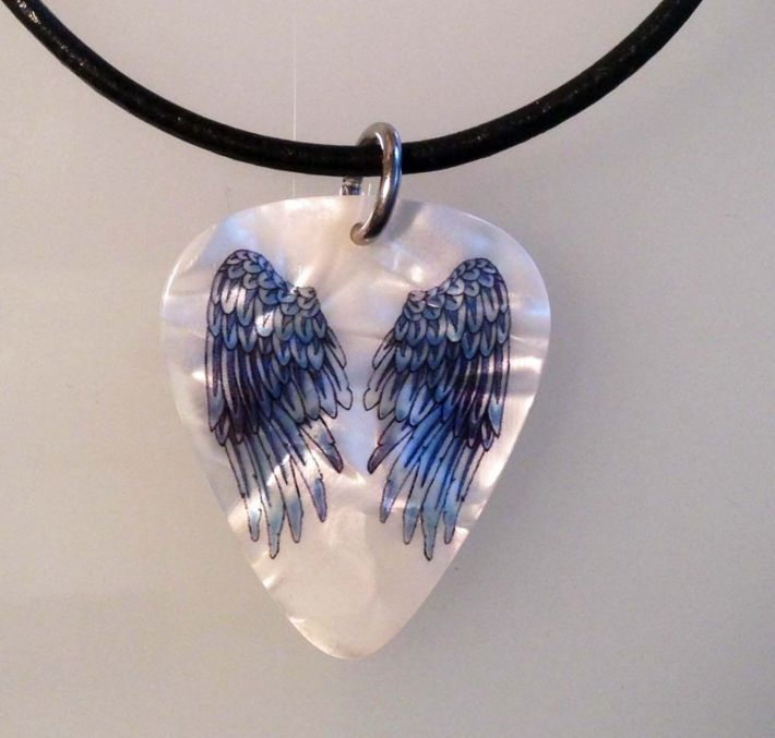 WINGS TATTOO STYLE Guitar Pick NECKLACE Leather JEWELRY http://ift.tt/1ZFtVex