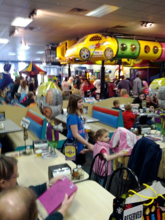 chuck e cheese playground chuck e cheeses in bridgeville pa pittsburgh out and about