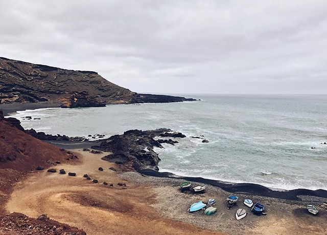 """Here in Lanzarote the people is very simple, the economy is around the ocean... and is also playing cards and drink sangria 🍷"" by @damicoy. #dametraveler #instalive #ilove #instalife #sightseeing #unlimitedparadise #tour #visiting #destination #explorephilippines #instagramphotos #travelphilippines #wowphilippines #ig_philippines #traversephilippines #passportready #instavacation #getaway #backpacking #europe #backpacker #holidays #путешествие #igtravel #travelblog #instapassport #tourist…"