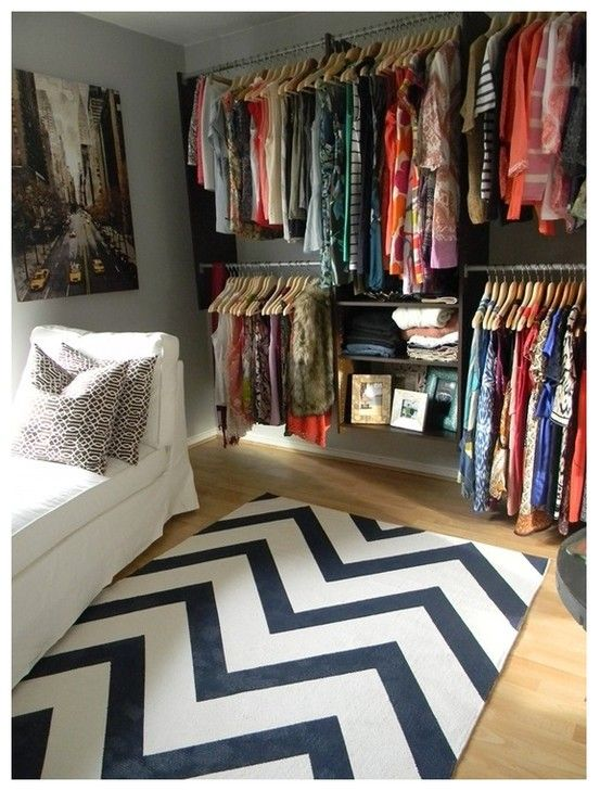 Turn A Spare Bedroom Into A Walk In Closet All It Needs Is A Wall