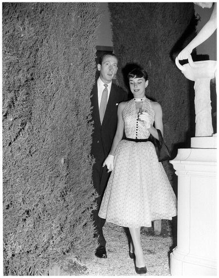 Audrey Hepburn e James Hanson a Cinecittà, a Roma, nel 1952.(AP Photo/Mario Torrisi)