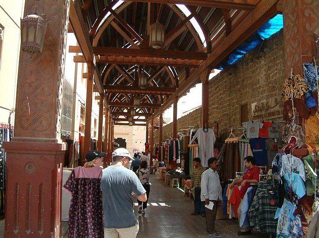 أهم أسواق بيع الجملة في دبي Street View Scenes Street