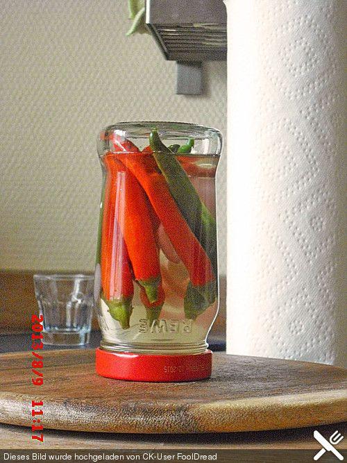 Eingelegte Chilischoten oder Peperoni                                                                                                                                                                                 Mehr