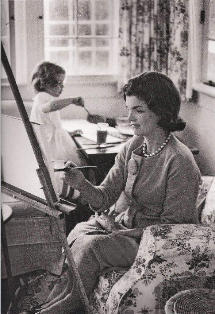Jackie Kennedy painting with daughter Caroline. September 13, 1960. Photo: Alfred Eisenstaedt. LIFE. Eisenstaedt had access to the soon-to-b...