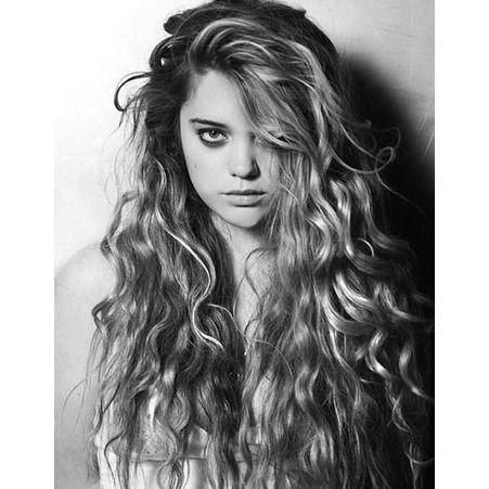 Coupe de cheveux pour cheveux bouclés femme hiver 2015