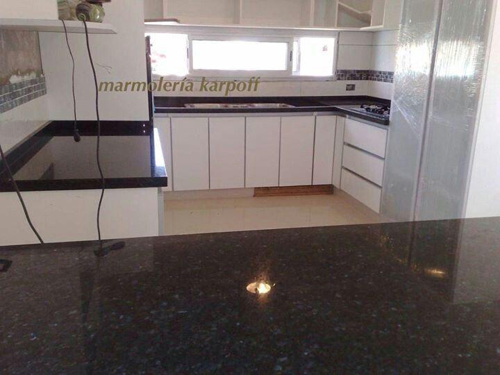 M s de 25 ideas incre bles sobre cocina de granito verde for Marmol color verde ubatuba
