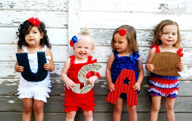 USA fourth of July outfit for kids @Mindie Loosli We are doing this USA thing for a picture with our kids!! TOO CUTE!