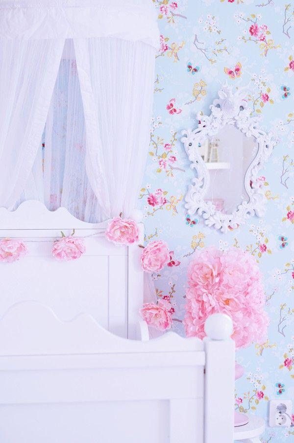 lovely toys for little girl's room