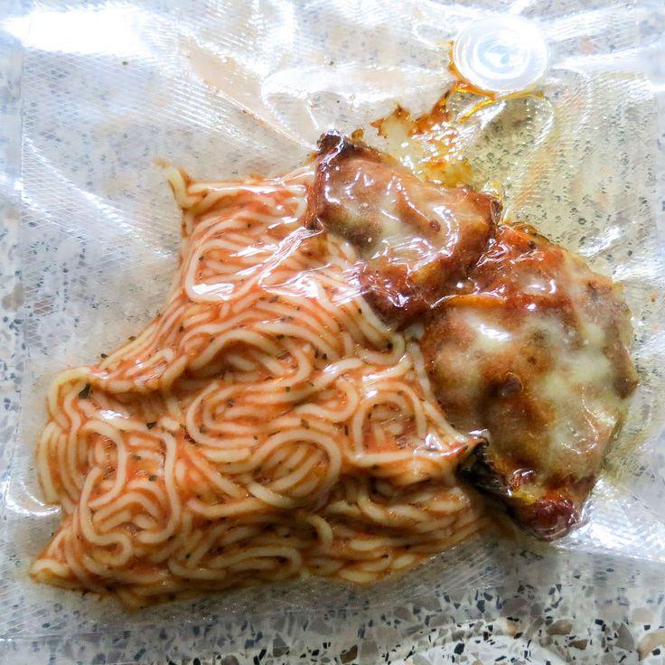 Weitere Wochenbettvorbereitungen: Miniportiönchen zum Auftauen  - hier: Chicken Parmesan  #papablog #papablogger #elternblog #elternblogger #mamiblog #mamablog #schwanger #geburt #geburtsvorbereitung #wochenbett #chickenparmesan
