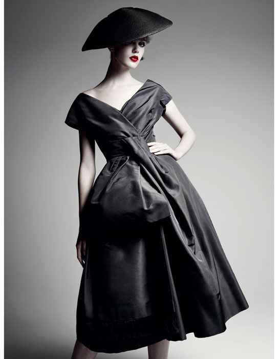 59 best Avant Garde Fashionista images on Pinterest