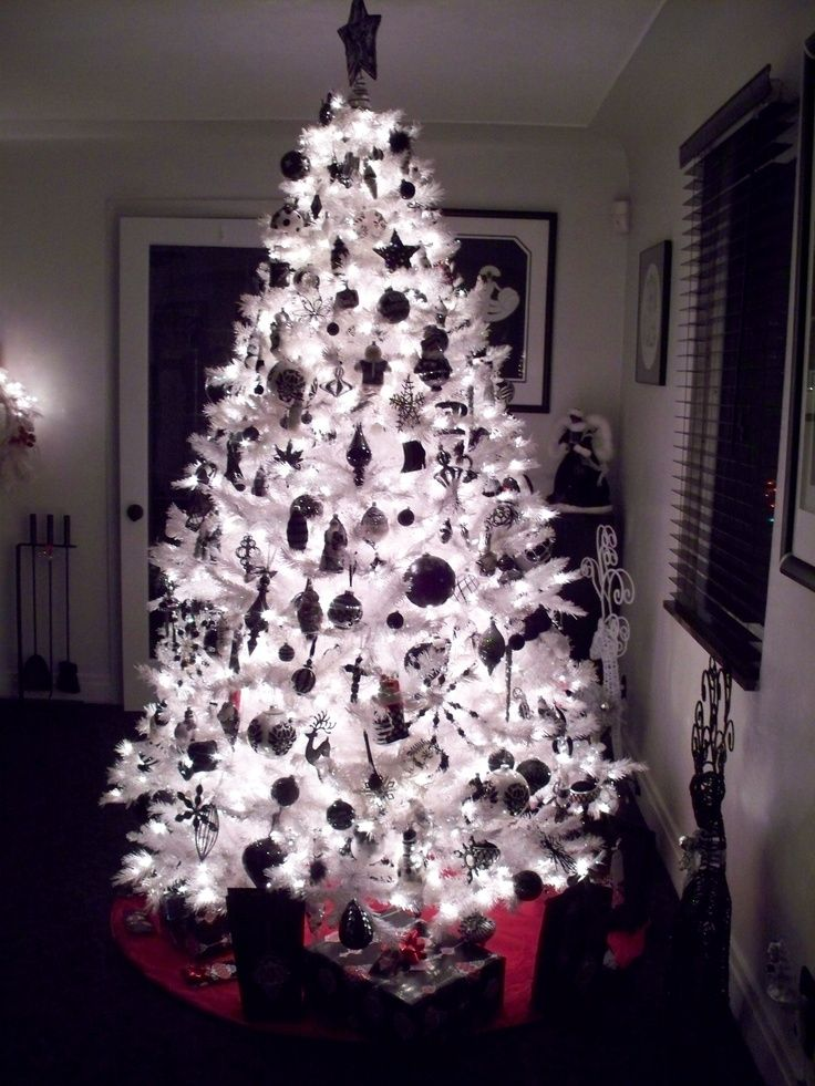 Black and white christmas tree night time black for White xmas decorations