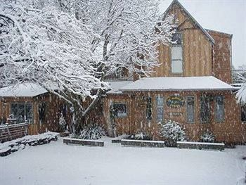 Winter storm at Te Wanaka Lodge - absolutely beautiful.  Thank goodness for the log fire roaring and mulled wine on the stove