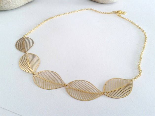 Bisutería dorada - Gargantilla dorada ♥ Hojas - hecho a mano por ArtAsis en DaWanda