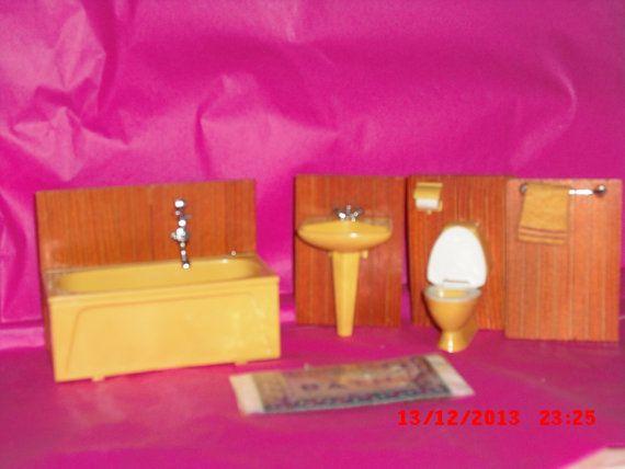 Lundby Bathroom by VintageLundbyLove on Etsy, £9.00