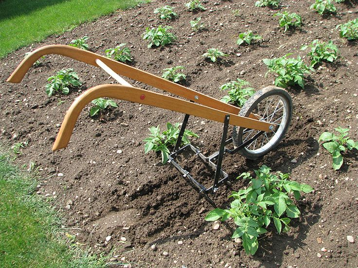 17 best images about wheel hoes on pinterest garden for Best small garden cultivator
