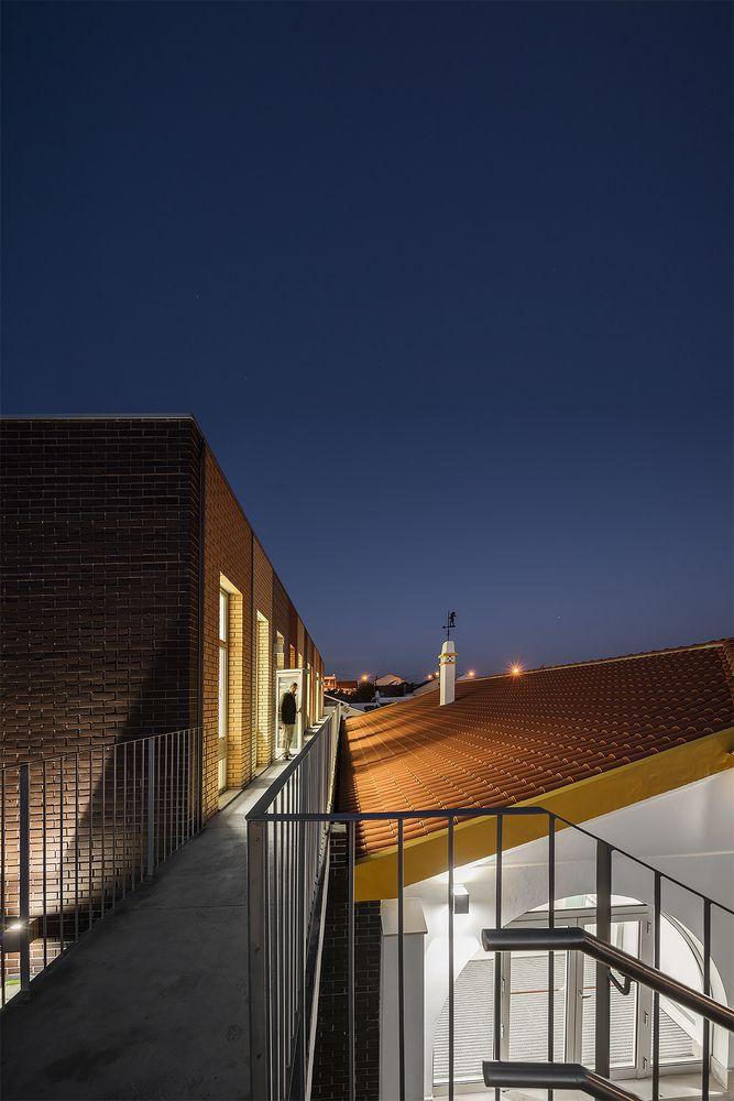 Galeria de Remodelação do Centro Escolar de Murteira / NOZ Arquitectura - 6