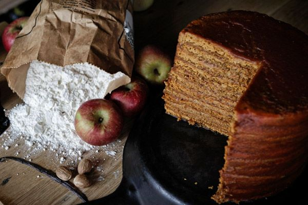 Apple Stack Cake Apple stack cake gained popularity in Appalachia well over a hundred years ago because it offered people in isolated communities a way to enjoy a fruit laden dessert well into winter. By using apple butter rather than spendy buttercream, it didn't cost much to put together either.