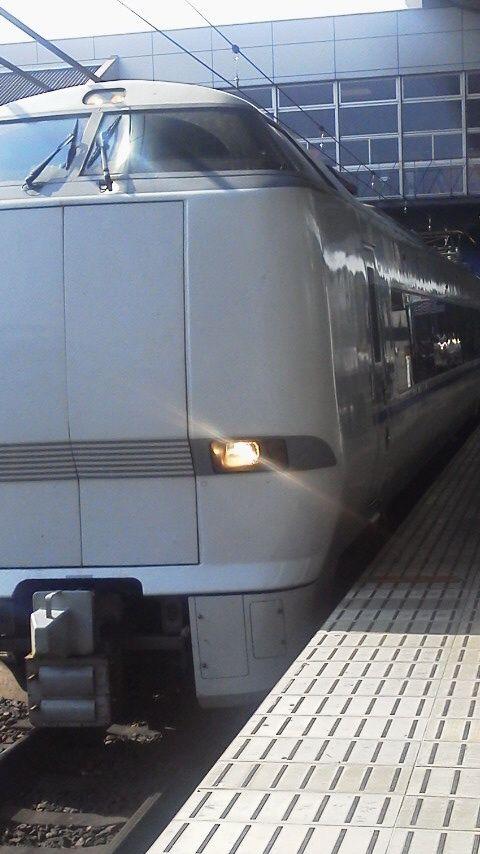 サンダーバード 京都駅にて