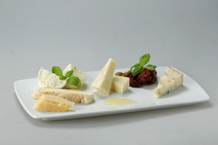 Italian Cheeses : Gorgonzola ,Parmigiano,Taleggio,Bufalo Mozzarella,Pecorino