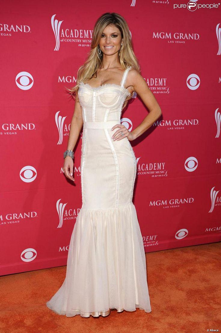 Marisa Miller à la 44e cérémonie des Country Awards