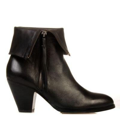 GUN FOLDED ANKLE BOOTS
