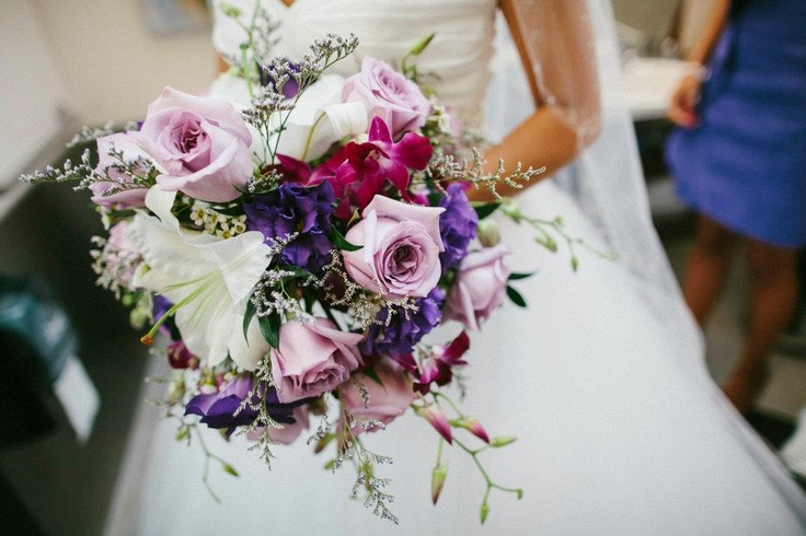 Elegant and Colorful flowers Bouquet