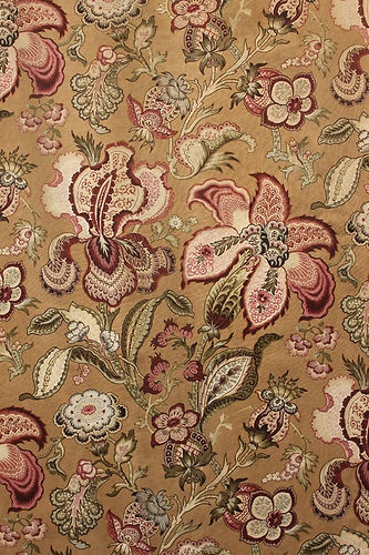 Stunning 19th century Indienne designed fabric ~ all hand block printed ~ beautiful large scale floral ~ ideal for upholstery, pillows etc ~ lovely French fabric ~ www.textiletrunk.com