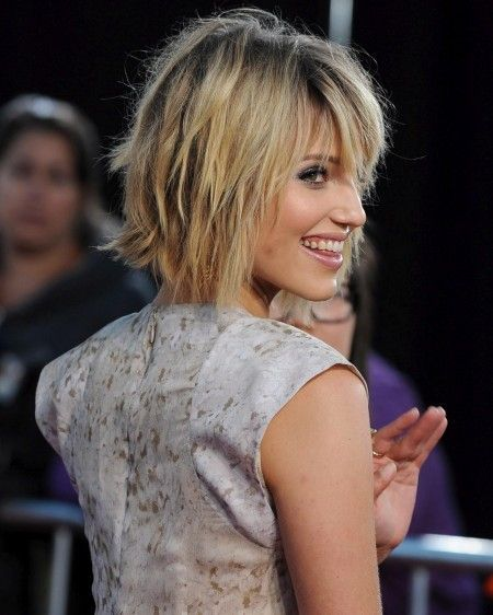 Dianna Agron Short Hairstyle 2015 : Carefree Dianna Agron Short Glee Hairstyle Back View