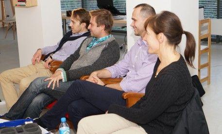 """Z cyklu """"podnosimy nasze kwalifikacje"""" chirurgiczna część naszego zespołu, uczestniczyła w wyjątkowym szkoleniu pt. """"Protetyka w kształtowaniu tkanek miękkich"""". http://www.declinic.pl/szkolenia-declinic/"""