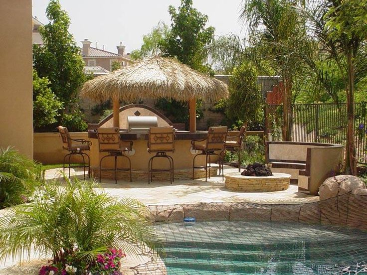 Backyard pool houses and cabanas creating tropical for Garden cabana designs