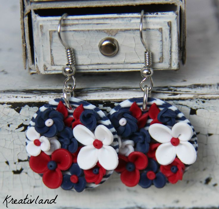 *Potpourri - sailor style*      Bowl shaped earrings filled with a lot of flowers in fashion sailor colours blue, red and white.