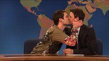 Watch Saturday Night Live: Weekend Update: Stefon On Spring online | Free | Hulu