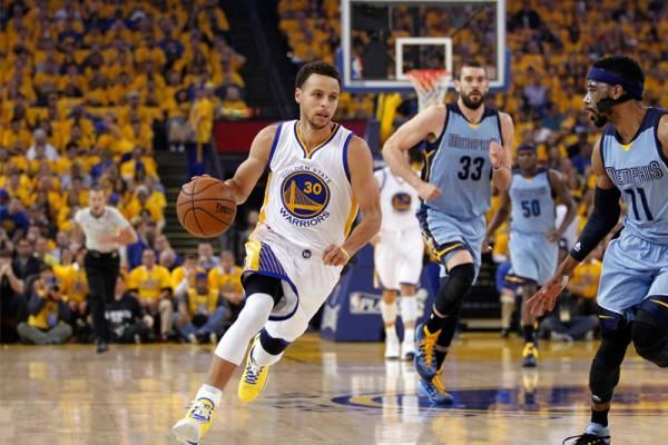 Curry, Warriors shoot lights out to beat Memphis in Game 5 | CSN Bay Area