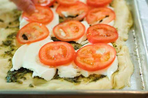 Tomato-Basil PizzaRee Drummond, Tomatoes Basil Pizza, Tomato Basil ...