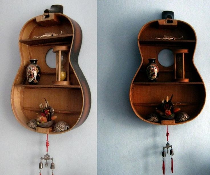 réutiliser la vieille guitare pour en faire une étagère créative