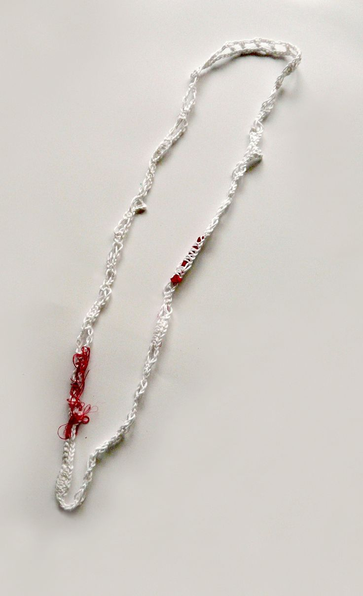 cotton-thread_knitted_necklace_red silk details