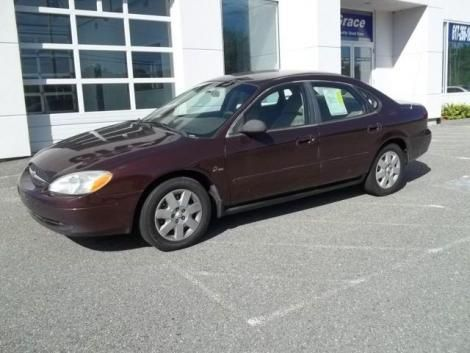 Used Ford Taurus LX year 2000 for sale in Massachusetts for only $3995