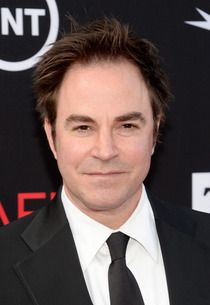 How I Met Your Mother: Revenge's Roger Bart to Help with Barney and Robin's Big Day