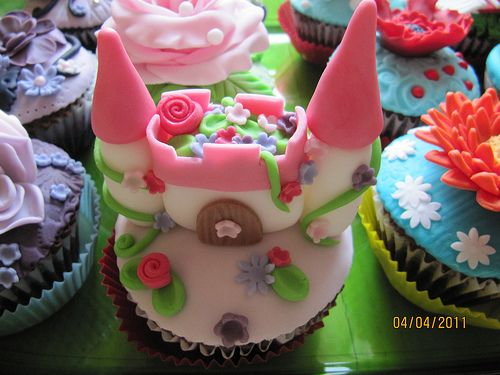 Fairytale Castle Cupcake from The Cupcake Blog