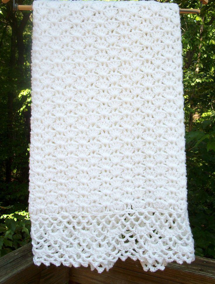 Crochet bebé manta... Manta de bautismo... por sweetpeacollections