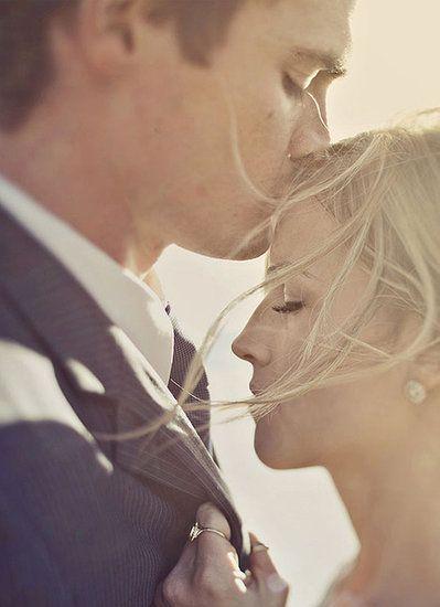 Forehead Kiss: Photo by Amelia Lyon via 100 Layer Cake