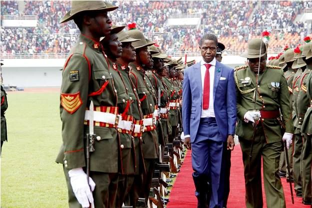 Zambia State House, traffic Police officers want HH for 2016, writes PF website