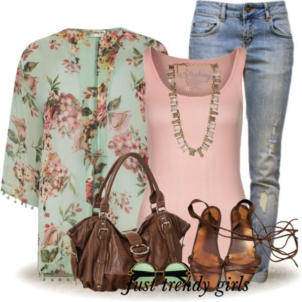 kimono mint floral outfit Bohemian easy style outfits http://www.justtrendygirls.com/bohemian-easy-style-outfits/
