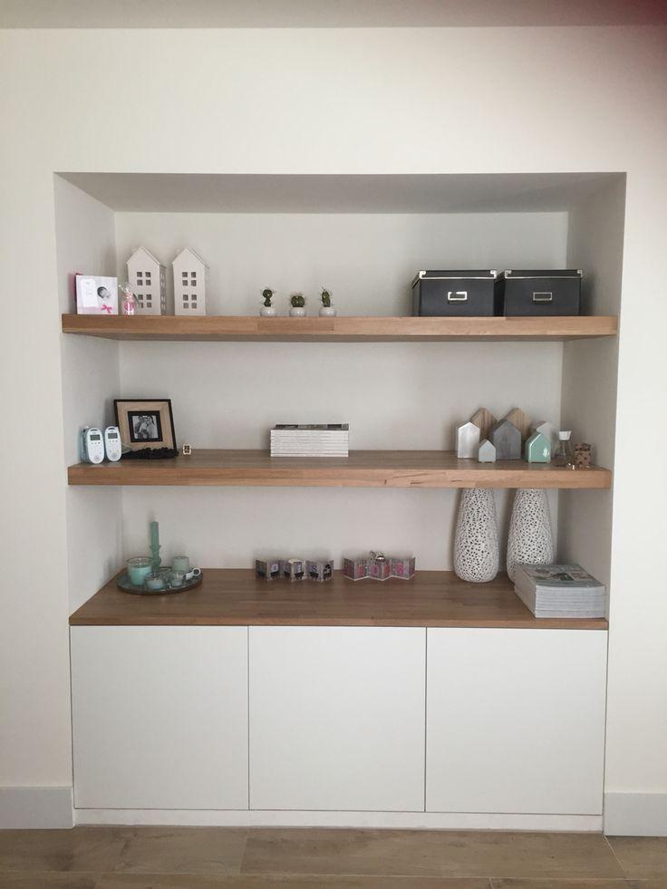 ... voor het huis on Pinterest  Stylists, Purple lamp and Cabinets