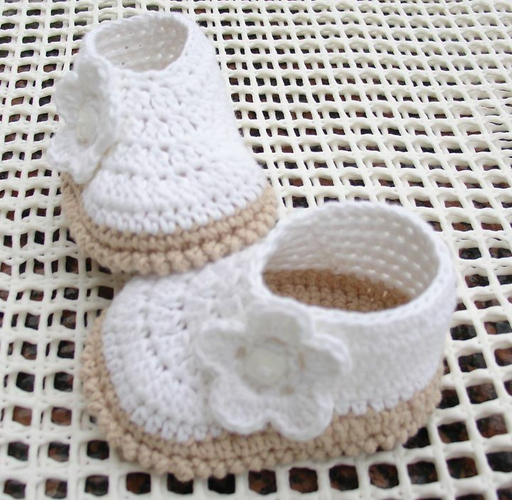 35 best zapatitos tejidos con patrones images on Pinterest | Crochet ...
