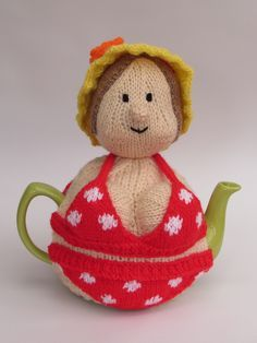 Perfect for beach babes and sunbathers - the bikini babe tea cosy from TeaCosyFolk http://www.teacosyfolk.co.uk/Beach-Babe-Tea-cosy-p-341.php